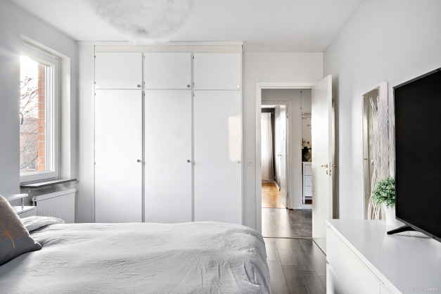 I sovrummet finns gott om garderober