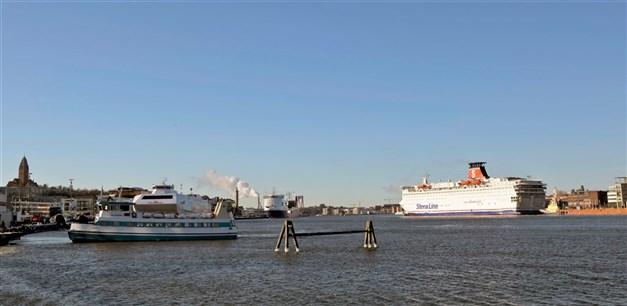 Masthugget blickar majestätiskt och ner mot Göteborgs hamninlopp. Högst på toppen av Masthugget ligger denna lägenhet med villakänsla i Brf Lustgården
