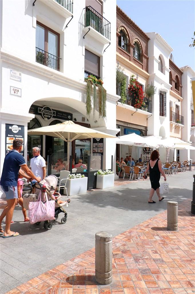 Nerja - Walking distance to a lot of restaurants