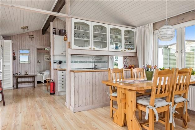 Matplats intill köket