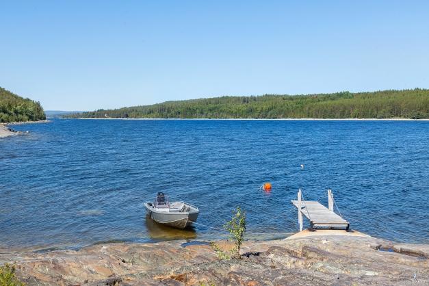 Brygga och båtplats på Lungön