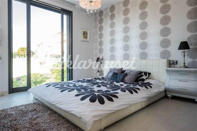 Villa 3 - Sovrum 3 med badrum en-suite