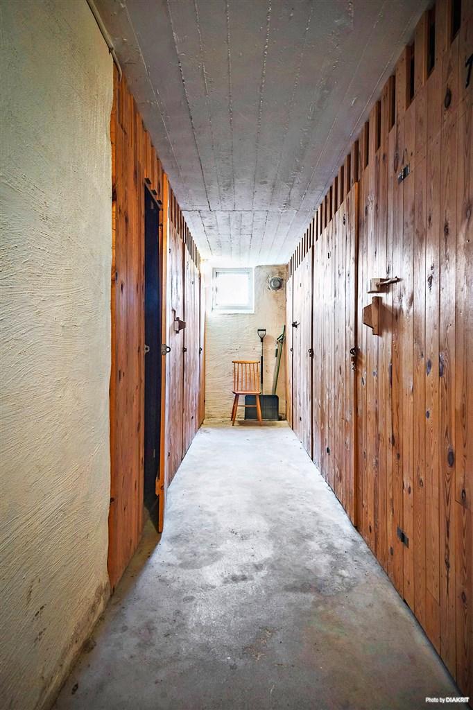 Källarförråd, 2 st till varje lägenhet.
