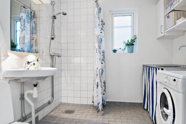Duschrum och tvättstuga