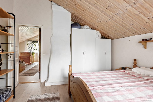 Sovrum 1, ovanvåning