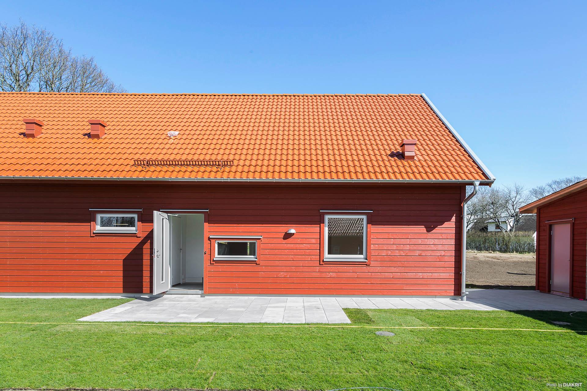 Välkommen till Bingevägen! Observera att det gjorts tillval på lägenheten där bilderna är tagna.