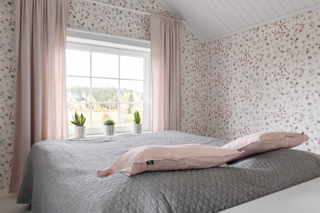 Sovrum med ryggåstak