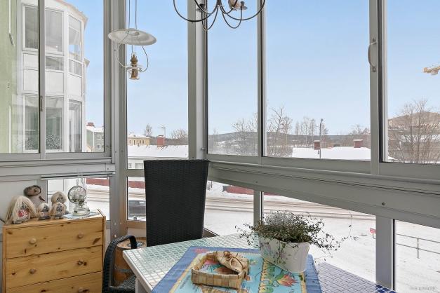 Rymlig balkong med härlig utsikt