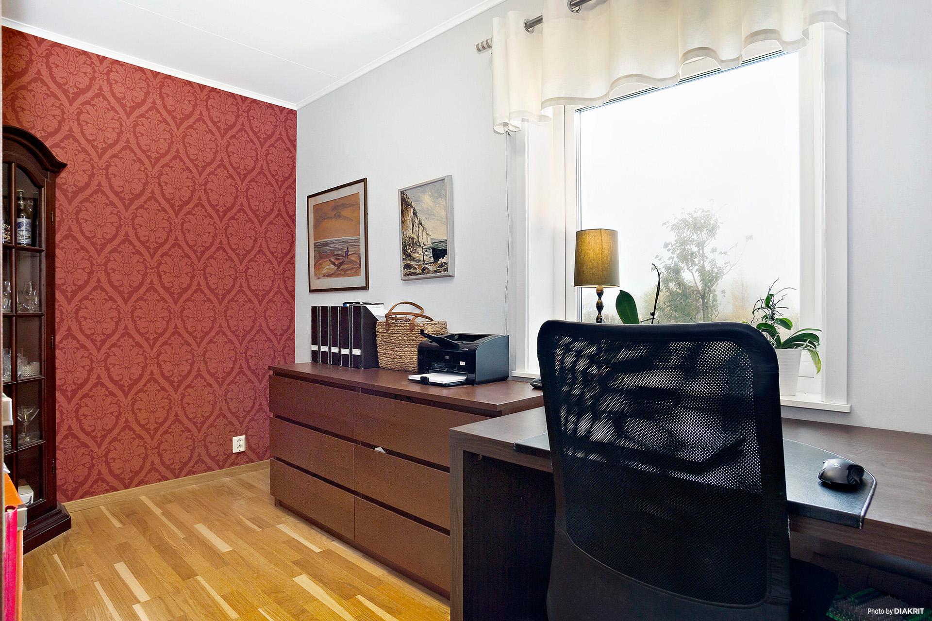 Kontor, sovrum eller varför inte en hel walk-in-closet?