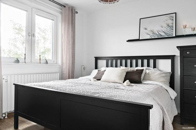 Stort och luftigt sovrum