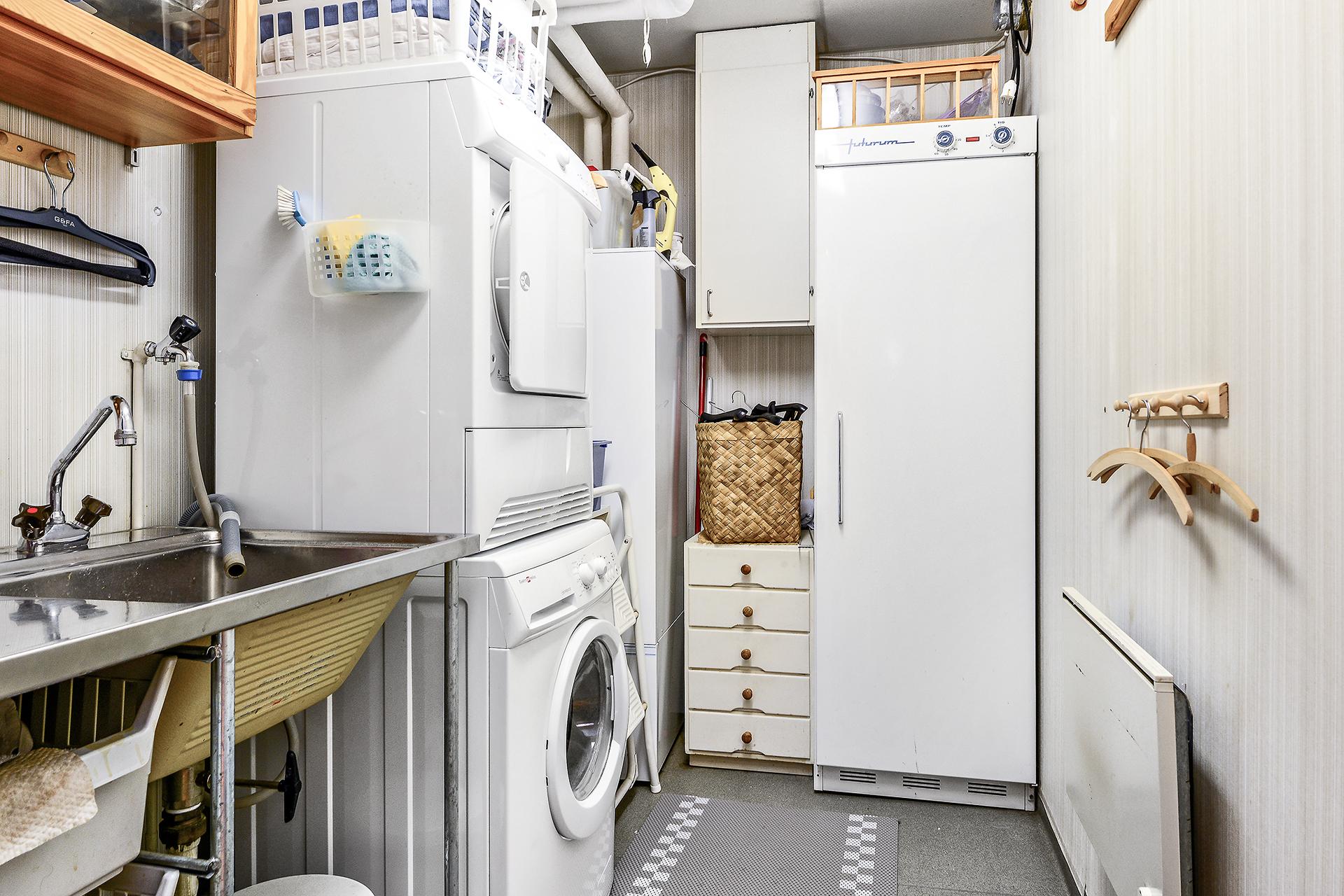 Tvättutrymme, entré-/suterrängplan