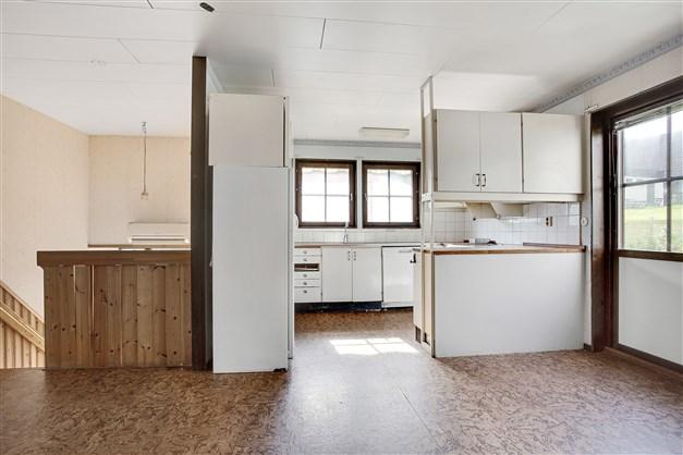 Öppet mellan matrum och kök.