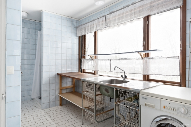 Tvättstuga - entréplan