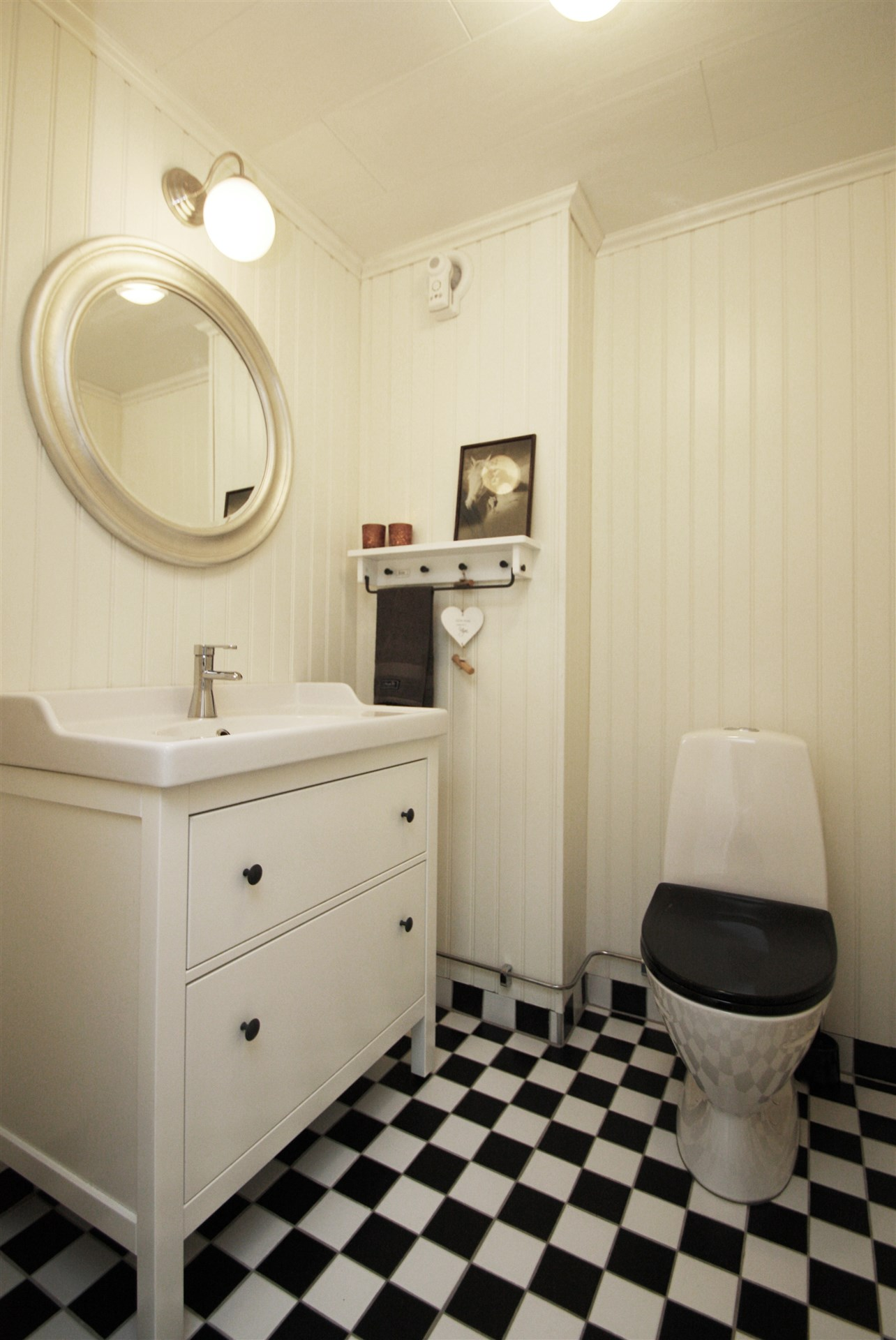 Fräsch toalett, entréplan