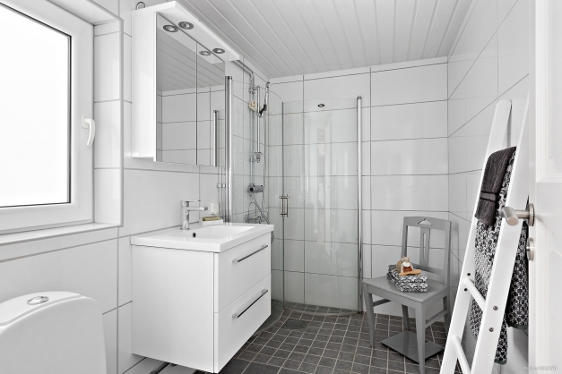 ...med eget badrum...
