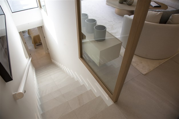 Illustrationsbild - Stilren trappa