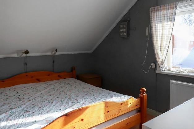 Sovrum 2 övervåning.