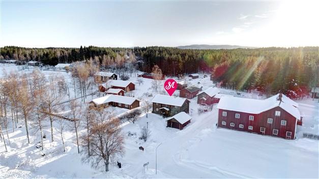 Välkommen till Gåsbackavägen 26 - fint läge med utsikt över Södra Dellen!