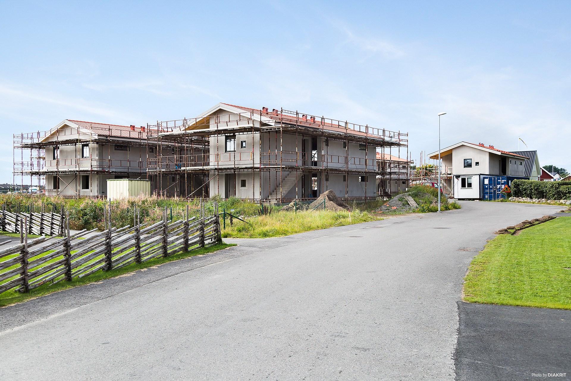 Fyrkarlens väg Jakob - Under uppbyggnad. De 12 lägenheterna beräknas stå färdiga runt årsskiftet.